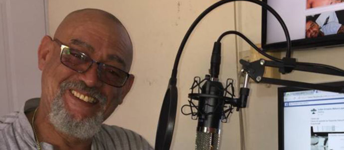 Salsa a mi estilo Geneva Latina Radio